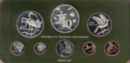 TRINIDAD & TOBAGO PROOFSET 1977 WITH 2 BIG SILVER COINS  IN ORIGINAL BOX WITH CERTIFICATE - Trinité & Tobago