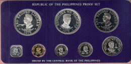 FILIPPIJNEN PROOFSET 1975 WITH 2 BIG SILVER COINS IN ORIGINAL BOX WITH CERTIFICATE - Philippines