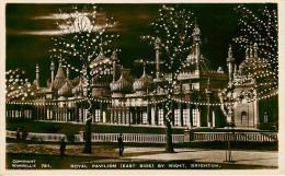 Royaume-Uni - Angleterre - Sussex - Brighton - Royal Pavilion ( East Side ) By Night - état - Brighton