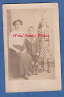 CPA Photo - SAINT CREPIN - Une Mére Et Ses Enfants - Septembre 1915 - Sin Clasificación