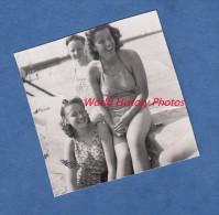 Photo Ancienne - Deux Jeunes Filles En Maillot De Bain - Sexy - 1943 - Isle Of Wight - Pin-ups