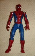 JOLIE FIGURINE SPIDERMAN 12.5 CM MARVEL 1992 ARTICULE TETE, BRAS , COUDES  ,HANCHE,  JAMBES , GENOUX , Pied - Spiderman