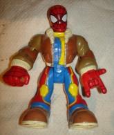 JOLIE Grosse FIGURINE SPIDERMAN 17.5 CM MARVEL 2005  BON ETAT ARTICULE  TETE, BRAS , COUDES  , JAMBES - Spiderman