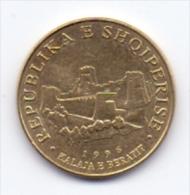 ALBANIA COIN 10 LEKE  1996- USED - Albania