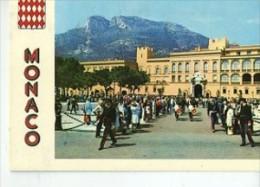 CP98141 - MONACO - La Place Du Palais Et La Relève De La Garde - Fürstenpalast