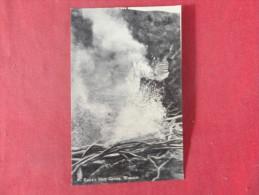> New Zealand--- Wairakei-- Eagle's Nest Geyser   Ref 1379 - New Zealand