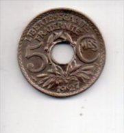 REF 1  : 5 Centimes 1927 Lindauer - France