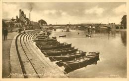 Royaume-Uni - Angleterre - Nottinghamshire - Nottingham - Trent Embankment - Bateaux - état - Nottingham