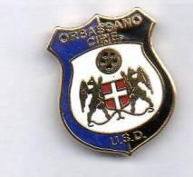 Pq1 U.S.D. Orbassano Ciriè Calcio Distintivi FootBall Soccer Pin Spilla Italy Torino Piemonte - Calcio
