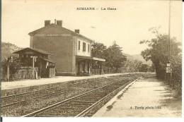 CPA  SIMIANE La Gare 10470 - France
