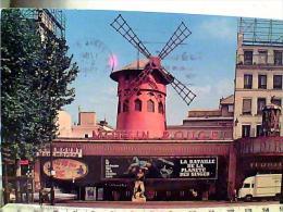FRANCE PARIS  LE MOULIN ROUGE  FILM LA BATTAILLE DE LA PLANETE DES SINGES  CAMION  VB1980  EK6865 - París La Noche