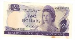 New Zealand , 2 Dollars (1975-77) VF+. - Nueva Zelandía