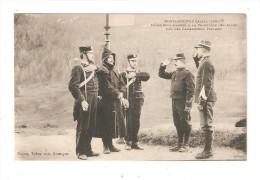 CPA Miliraria : 05 - Montgenève : Déserteur Ramené à La Frontière Des Alpes Par Des Carabiniers Italiens - Personnages