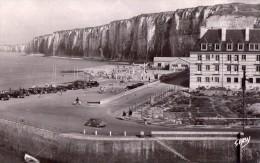Saint Valery En Caux-la Plage Nord Et Le Casino - Saint Valery En Caux