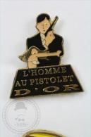 The Man With The Golden Gun - James Bond -  Pin Badge #PLS - Cine
