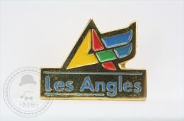 Les Angles - Pin Badge #PLS - Invierno