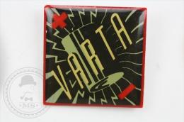 Varta Batteries Trademark - Pin Badge #PLS - Marcas Registradas