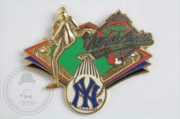 Baseball 1996 World Series - New York - Pin Badge #PLS - Béisbol