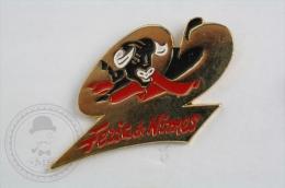 Bull - Feria De Nimes - Pin Badge #PLS - Otros