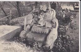 92 Asnieres  CIMETIERE DES CHIENS  Sculptures  ART NOUVEAU  Souvenir à Nos AMIS  Tombe Petit Chien Sur Son TRONE  1906 - Asnieres Sur Seine