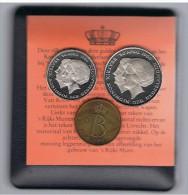 FICHAS - MEDALLAS // Token - Medal - COLECCION 3 MEDALLAS -   REINAS DE HOLANDA - EN CAJITA Y CERTIFICADO - Royal/Of Nobility