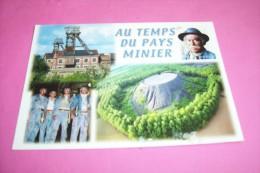 TERRIL  LA FOSSE  No 9 OIGNIES  MINEURS AVEC LEUR LAMPE AU CENTR HISTORIQUE DE LEWARDE  LE 7 05 2010 - France
