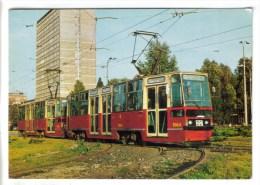 CPM TRANSPORT CHEMIN DE FER - Nouveaux Tramways De Varsovie 09/76 - Strassenbahnen