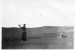 PHOTO  ORIGINALE  -  CABOURG  Ou  VILLERVILLE  -  Joueuse De Golf  -  1936 - Lieux