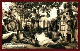 GUINE-BISSAU - FULAS DE BOE PENTEANDO-SE - 1960 REAL PHOTO PC - Guinea-Bissau