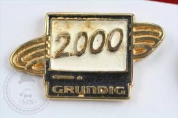 Grundig 2000 Television Advertising - Pin Badge #PLS - Otros