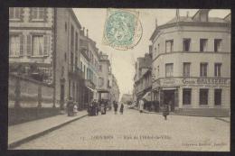 CPA .Dépt: 27. LOUVIERS. Rue De L'Hôtel-de-Ville. (Petite Animation, Attelage.) - Louviers