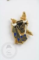 Rare Arthus Bertrand Paris - Bull Head & Soword  - Pin Badge #PLS - Arthus Bertrand