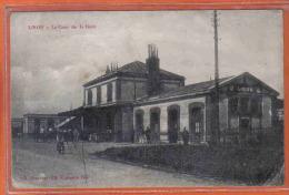 Carte Postale 14. Lison  La Cour De La Gare  Trés Beau Plan - France