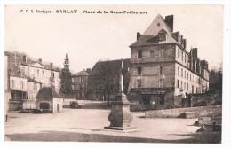 Sarlat  Place De La Sous-prefecture - Sarlat La Caneda