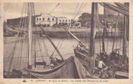 Lorient Au Port De Pêche Les Halles Des Mareyeurs, La Criée - Lorient