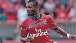DEDICACE Autographe Football De Siaka Tiéné (Ivoirien) A Joué à Paris Au PSG De 2010 à 2013 Joue  Montpellier Aprés - Handtekening