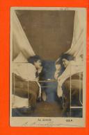 Au Dortoir O.E.P. (couvent) - Cartes Postales