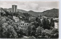 CPSM 63  ROYAT VUE GENERALE VERS LE NOUVEAU BUILDING 1962 - Royat