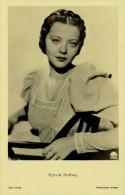 ATTRICE CINEMA SOPHIA KOSOW IN ARTE SYLVIA SIDNEY 1910 - 1999 - Schauspieler