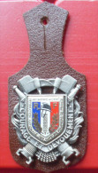 INSIGNE   SAPEURS POMPIERS  FEDERATION NATIONALE - Firemen