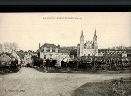 CPA  LA CHAPELLE MONTLIGEON    Un Coin Du Village - Sonstige Gemeinden