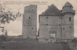 CPA - Le Château D'Exideuil - Vue De L'entrée De La Chapelle Du Château D'Exideuil - Otros Municipios