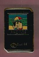 35468-Pin's.Photo.club 95 - Fotografia