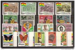 1968 Ghana ANNATA  YEAR 4 Serie Con 17v. (307/23) MNH** - Ghana (1957-...)