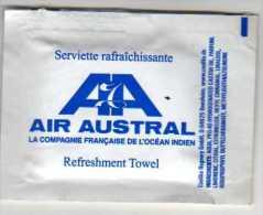 """Sachet Serviette Rafraichissante  Pour Compagnie Aérienne Française Ocean Indien """" AIR AUSTRAL """" - Serviettes Publicitaires"""
