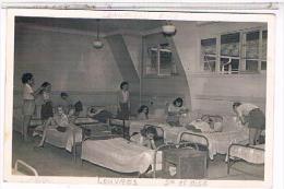 CPSM  95  LOUVRES Services Sociaux Sncf Etablissement Vacaces  Les Loups  DORTOIR 1949   CA510 - Louvres