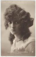 Les Plus Belles Femmes De France - L´EMERAUDE - Mujeres