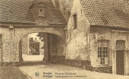 Old Picturecard Brugges Porte De Beguinage, Ingangspoort Van Het Begijnhof - Brugge