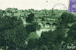 """Thouars Sur Le Thouet A L'arriere Du Pont Neuf, Le Pont """"des Bleus"""" - Thouars"""