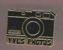 35489-Pin's.Photo.Cannes. Yves Photo. - Fotografia